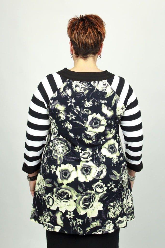 Ulla Black Flower
